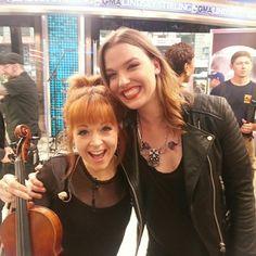 Lindsey Stirling ✾ and Lzzy Hale ✾ of Halestorm Lindsey Stirling, Pentatonix, Dubstep, Crossover, Best Violinist, Divas, Lzzy Hale, Women Of Rock, Halestorm