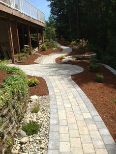 * Roman Cobblestone path with an Old Dominion circle. This but with edge piece of same material set perpendicular to running bond pattern (shown here). Backyard Ideas For Small Yards, Backyard Patio Designs, Backyard Landscaping, Landscaping Ideas, Paver Pathway, Paver Fire Pit, Walkways, Cobblestone Pavers, Mediterranean Garden Design
