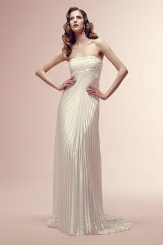 vestido de noiva #vintage cai cai ROBYN com saia plissada de alessandra rinaudo #casarcomgosto