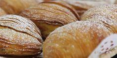 Scoprite come preparare la ricetta della Sfogliatella Riccia napoletana, un dolce che fa parte delle vicende culinarie della città da più di 400 anni!