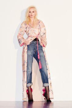 http://www.vogue.com/fashion-shows/pre-fall-2017/zuhair-murad/slideshow/collection