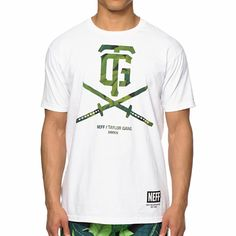 """Feel great with a tagless pre-shrunk fit with a green leaf print """"TG"""" double swords chest graphic and TGOD text graphic at the upper back for double sided style."""