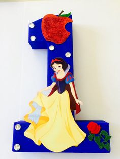 Snow White Birthday number Centerpieces 123456789 by angilee123