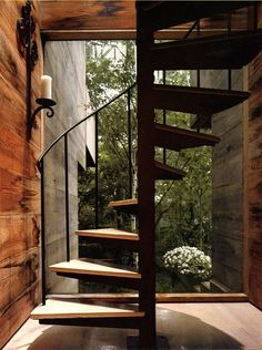 Staircase At The Tree House By Bates Masi, via sunflowersandsearchinghearts@tumblr.com