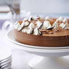 Découvrez la recette Gâteau de mousse au chocolat sur cuisineactuelle.fr.