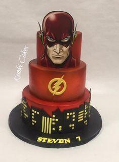 Flash cake by Donatella Bussacchetti Flash Birthday Cake, Superhero Birthday Cake, Birthday Cakes For Men, Cakes For Boys, 7th Birthday, Bolo Flash, Flash Cake, Creative Desserts, Creative Cakes