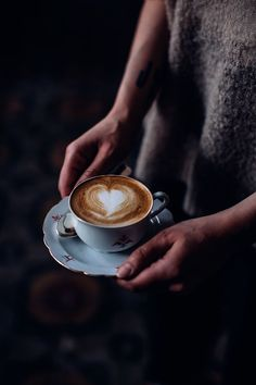 cappuccino - vintage cup - coffee break - food photography