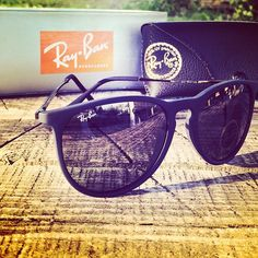 Ray  Ban  Sunglasses only  14.99 ,it is your best choice to repin it and  click link stuff to buy! Angelica Camozzato · Óculos sol 2caf2e2325