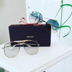 """""""A Natale puoi..."""" Osare con i nuovi occhiali della collezione AW 2017 di @tomford  Scegli il tuo modello. Spediamo in tutto il mondo!  #eyewear #cisternadilatina #iloveotticabua #sunglasses #tomfordeyewear #tomford #tomfordsunglasses"""