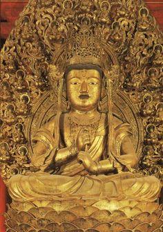 中央.大日如来(東寺) Buddhist Art, Buddhism, Lion Sculpture, Buddha Statues, Kyoto Japan, Pure Products, Altar, Inspiration, Image