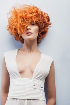 I want orange blossoms in my hair, champagne in my hand and love in my heart. Get the luxury ok at slay beauty. Short Curly Hair, Curly Girl, Curly Hair Styles, Brunette Fringe, Brunette Hair, Hair Art, Trendy Hairstyles, New Hair, Redheads