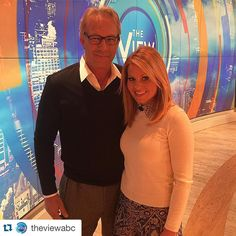 #Repost @theviewabc . ・・・ @candacecbure fangirled hardcore over #KevinCostner today and it was literally the cutest!! ☺️ #CandaceCameronBure #Legend #TheView