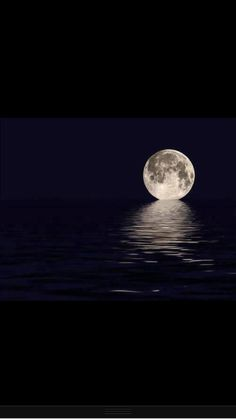 I see the moon. and the moon sees me. The moon sees someone I want to see. God bless the moon and God bless me and God bless the someone I want to see. Moon Pictures, Pretty Pictures, Cool Photos, Moon Pics, Pictures Of Water, Stars Night, Stars And Moon, Moon Beauty, Moon On The Water