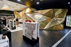 Frivole Prestige perfumery Theza Architects Wroclaw Frivole Prestige perfumery by Theza Architects, Wrocław Poland