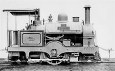 The Lisbon tramway Locomotive. Old Trains, Vintage Trains, Diesel, Train Truck, Steam Railway, Thomas The Tank, Unique Cars, Modern Artists, Black N White Images