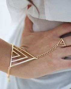 Geo Chain. Triangle bracelet and ring chain jewellery set