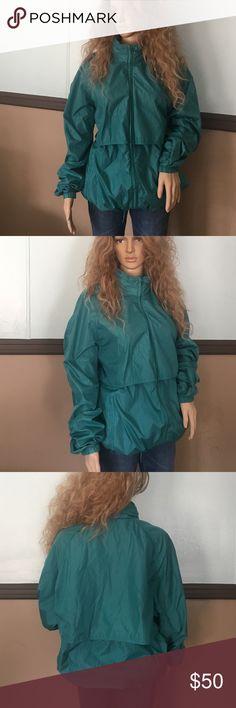 Woolrich windbreaker Perfect condition Woolrich Jackets & Coats Windbreakers