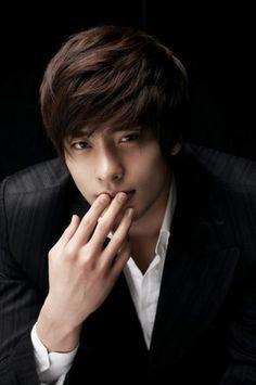 Pix For > Sung Hoon