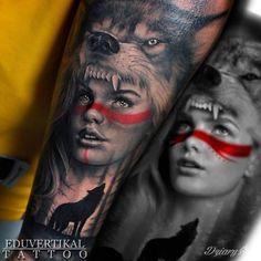 Kobieta i wilk. Wykonanie: studio tatuażu: EduTattoo