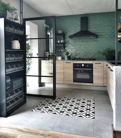 Home Decor Kitchen, Interior Design Kitchen, Home Kitchens, Style At Home, Cuisines Design, House Rooms, Cozy House, Home Decor Inspiration, Home Remodeling