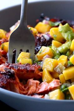 BBQ Salmon Bowls with Mango Avocado Salsa An easy and impressive dinner with yummy smoky-sweet flavor and a zip of zesty homemade salsa to take it over the top The BEST weeknight dinner salmon dinner seafood bbq Best Seafood Recipes, Healthy Dinner Recipes, Vegetarian Recipes, Cooking Recipes, Bbq Fish Recipes, Baked Tilapia Recipes, Tuna Steak Recipes, Vegetarian Platter, Shrimp Taco Recipes