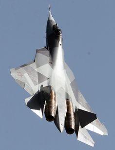 ロシア空軍の次期主力戦術戦闘機としてスホーイ社が開発を進めるT50。「T50」は、試作段階の仮称。