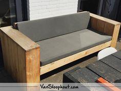 Loungebanken gemaakt van douglas hout voor perfect buitengebruik bank sloophout hardhout - Bank terras hout ...