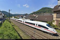 RailPictures.Net Photo: ICE3 4685 DB AG ICE 3 - BR 406 at Neustadt an der Weinstrasse, Germany by Jean-Marc Frybourg