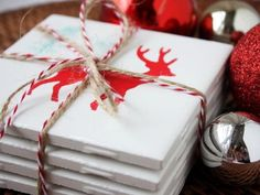 Handmade reindeer coasters will brighten up your Christmas decor this season - easy to make