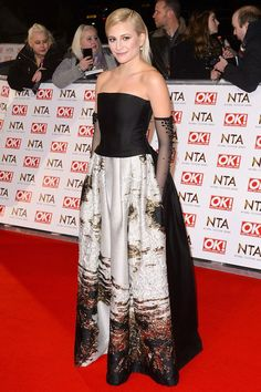 Pixie Lott looking regal in a dramatic Alberta Ferretti gown. Love the sheer elbow gloves too. Strapless Dress Formal, Formal Dresses, Alberta Ferretti, Pixie, Red Carpet, My Design, Awards, Ralph Lauren, Gowns