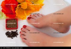 http://www.photaki.com/picture-feet-in-spa_375453.htm