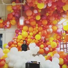 Hello, I am Zim, these are your balloons. #zimballoons #balloonwall #balloongarlands #partyplanner #sfeventplanner #sfartist #garlands #partyplanner #party #sfmint #weddingparty #balloonart #balloons #balloondelivery #balloon #ballooninstallation #balloons #balloonsurprise #colorpop #sfeventplanner #fun #partydecor #balloonporn #sanfranciscowedding #sf #balloonicious #sanfrancisco #sanfrancisco94103