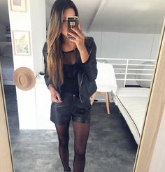 S a m a n t h a 🌸 (Sam_Nounette) Rock Outfits, Girly Outfits, Stylish Outfits, Pantyhose Skirt, Mango Shoes, Short Women Fashion, Moda Emo, Mode Inspiration, Street Style Women