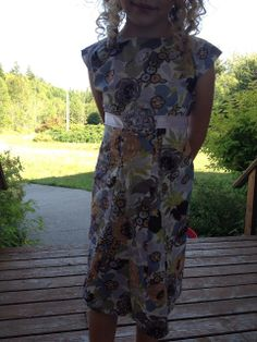 Down To Hearth: Easy Peasy (no darts, pleats, or gathers!) Girly A-Line Dress Tutorial