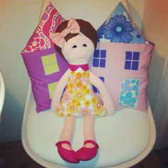 AVEKATTEN - huspude og sød dukke med retro kjole