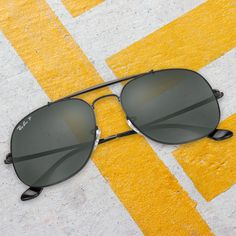 61dd267abc0a6 Double bridge. Double the impact    Find the General Eyewear Ray Ban, Óculos