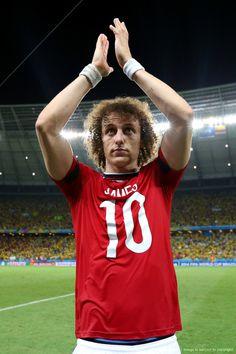 """Con la """"10"""" de un """"crack"""", el caballeroso Davis Luiz: «Cuartos de final, 2014 FIFA Copa Mundo Brasil, """"todos en un mismo ritmo""""» [viernes, 04 de julio de 2014]. Brasil vs Colombia"""