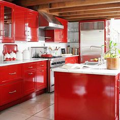 A Kitchen with Shine.  I can't decide if I want to paint my cabinets red or the walls red... Red Kitchen Cabinets, Kitchen Cabinet Colors, Painting Kitchen Cabinets, Kitchen Paint, Kitchen Colors, Kitchen Decor, Black Cabinets, Kitchen Ideas, Colorful Kitchens