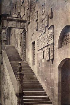 Brogi,_Giacomo_(1822_-_1881)_-_Firenze_Bargello_ca_1870.jpg (505×752)