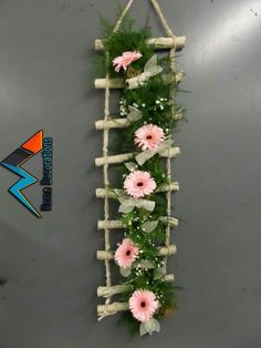 Fantastic diy flowers info are offered on our web pages. Read more and you wont be sorry you did. Flower Crafts, Diy Flowers, Flower Decorations, Paper Flowers, Flower Diy, Pot Mason Diy, Mason Jar Crafts, Craft Stick Crafts, Diy And Crafts