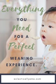 Weaning a baby can start anytime from 4 months. When is it the right time to wean your baby? Baby Puree, New Mums, Baby Led Weaning, Baby Shower Gender Reveal, Homemade Baby, New Parents, Baby Month By Month, Meals For One, 4 Months
