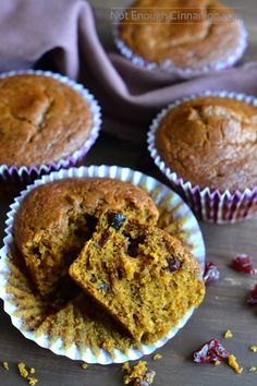 These pumpkin cranberry muffins are SO delicious you won't believe they're skinny! Gluten free (or not!) + refined sugar free. Perfection!   Recipe on NotEnoughCinnamon.com #thanksgiving #christmas #holidays