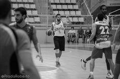 Tras cada partido se hace más patente que el base titular del #Lucentum es #AdrianFuentes. La confianza del técnico es total. Y su veteranía se deja sentir en el equipo. 28 de septiembre de 2014. #Baloncesto #Basket #Alicante #AdeccoPlata #AmicsCastello #CBLucentum Alicante, Basketball, Confidence, September, Pictures