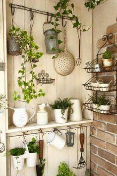 Pretty shed interior Garden Projects, Garden Tools, Garden Sheds, Garden Shed Interiors, Dream Garden, Home And Garden, Deco Champetre, Greenhouse Plans, Outdoor Greenhouse
