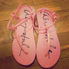 Aeropostale  Shoes - Pink sandals!