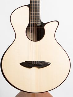 Casimi C1 Indian Ros Casimi C1 Indian Rosewood / Carpathian Spruce - The North American Guitar