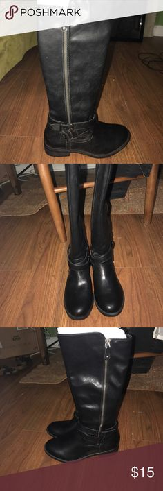 Brand new. Never worn black boots. There are brand new, never worn, black Report boots size 6 Report Shoes Combat & Moto Boots