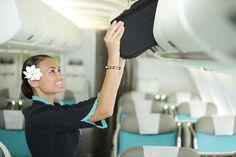 Air Tahiti Nui cabin crew. エア タヒチ ヌイ客室乗務員