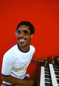 "Stevie Wonder so young! He was known as ""Little Stevie Wonder"" back then. Stevie Wonder, Music Icon, Soul Music, My Music, Music Fest, Indie Music, Music Lyrics, Britney Spears, Rock Poster"