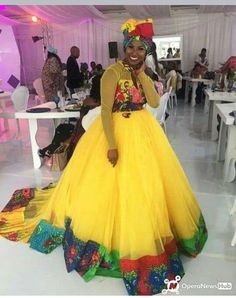 African Fashion Designers, Latest African Fashion Dresses, African Men Fashion, Africa Fashion, African Women, Fashion Women, African Print Dress Designs, African Print Dresses, African Dress